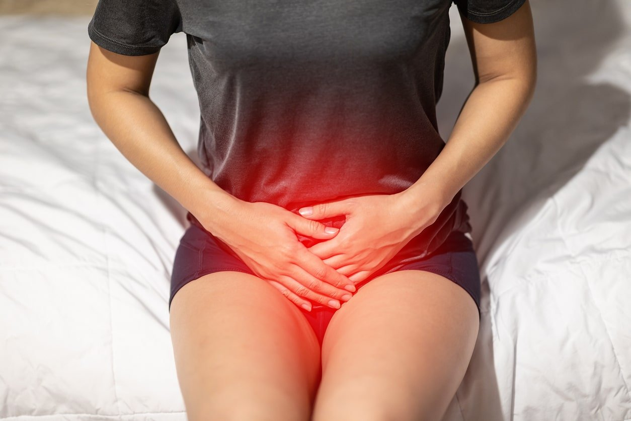 Female suffering from Discomfort in the pelvic regional